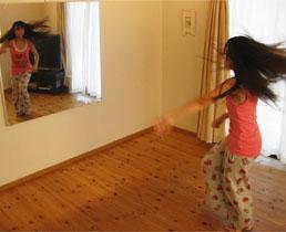 バレエ用品 自宅がダンススタジオに 割れない軽量ミラー refex(リフェックス)ミラー
