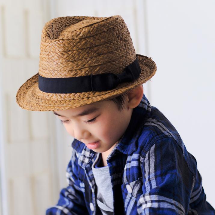 帽子 シンプル無地キッズ春夏中折れラフィアハット麦わら帽子 キッズタイプの帽子です クリスマス プレゼント ブランド激安セール会場 sale┣ 翌日受取可 爆売りセール開催中 返品交換NG┫帽子 キッズ 中折れ レディース ハット 軽くて涼しいラフィアのハット 14+ キッズだってカッコ良く