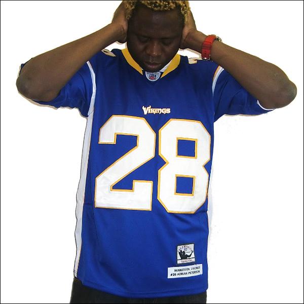 【あす楽】【送料無料】MINNESOTA VIKINGS (ミネソタバイキンズ) replica  フットボールシャツ #28【ADRIAN PETERSON】大きいサイズ メンズ 小さいサイズ メンズ大きいサイズ ゲームシャツ ダンス 衣装 ダンス衣装 hiphop ヒップホップ