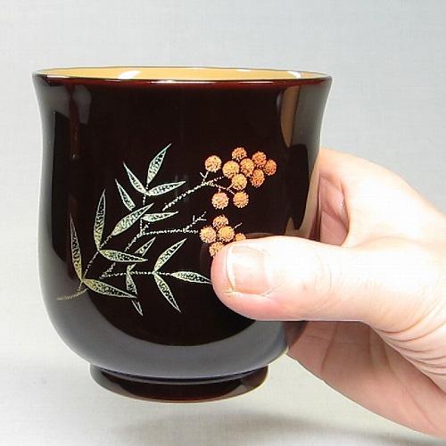 輪島塗 フリーカップ 手彫り沈金 南天-溜塗り-桐箱入