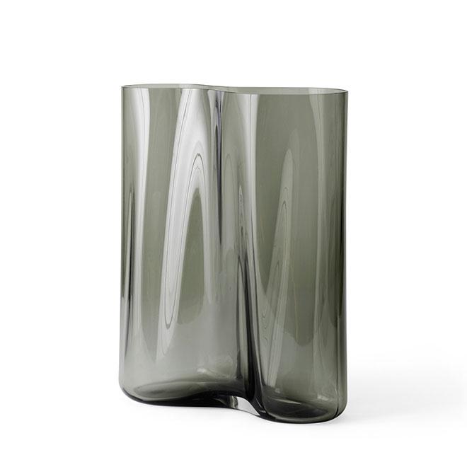 Design by Gabriel 価格 Tan MENU エールベース 33 迅速な対応で商品をお届け致します スモーク 4736949 Living ギフト インテリア プレゼント デンマーク 北欧インテリア ガラス 北欧雑貨 花瓶 おしゃれ 花器