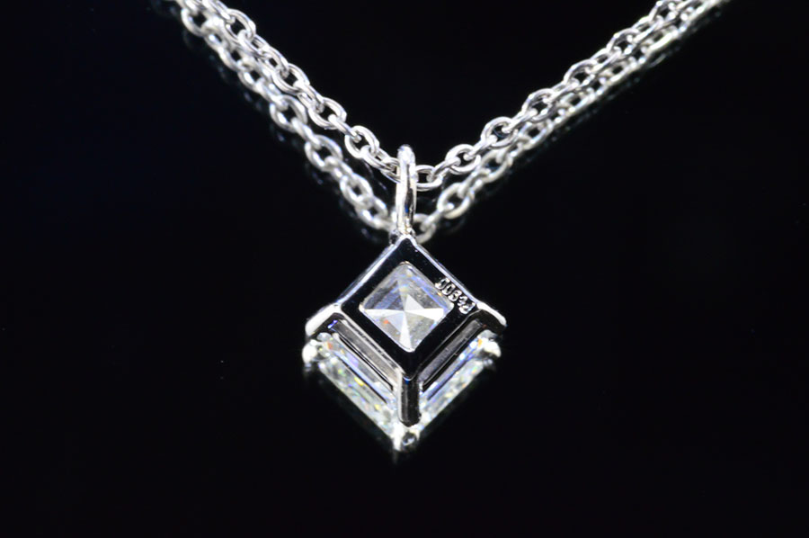 Diadia rakuten global market the princess pendant which has a a princess pendant diagonal simplicity is refined shiningly and an usher cut diamond is pretty to the stack charge account with the your other round aloadofball Choice Image