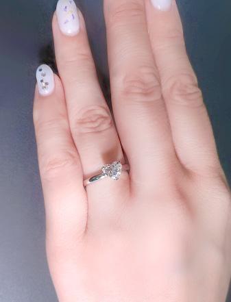 ほぼ1カラットハートシェイプダイヤモンドリング指輪EカラーIFインターナリーフローレス品質プラチナダイヤGIA鑑定書刻印つき