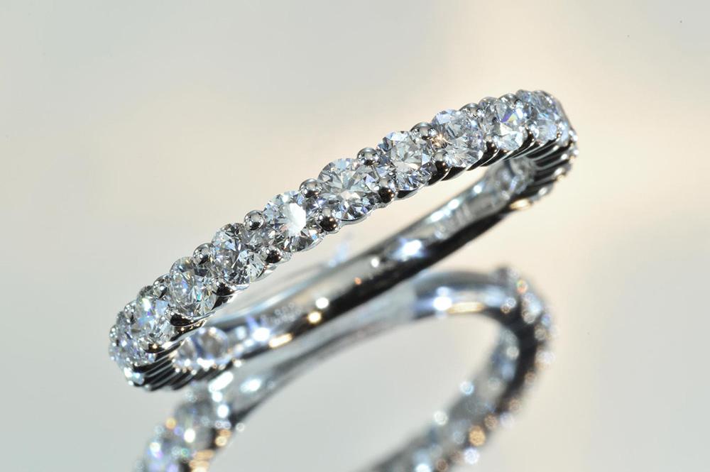 店長も毎日使っています!マストバイ ダイヤモンド専門店がお作りするダイヤモンドエタニティリング 合計ダイヤ1カラット前後~ダイヤモンドをどこまで入れるかはあなた次第^^ ハーフエタニティ フルエタニティ K18YG プラチナ K18WG K18PG