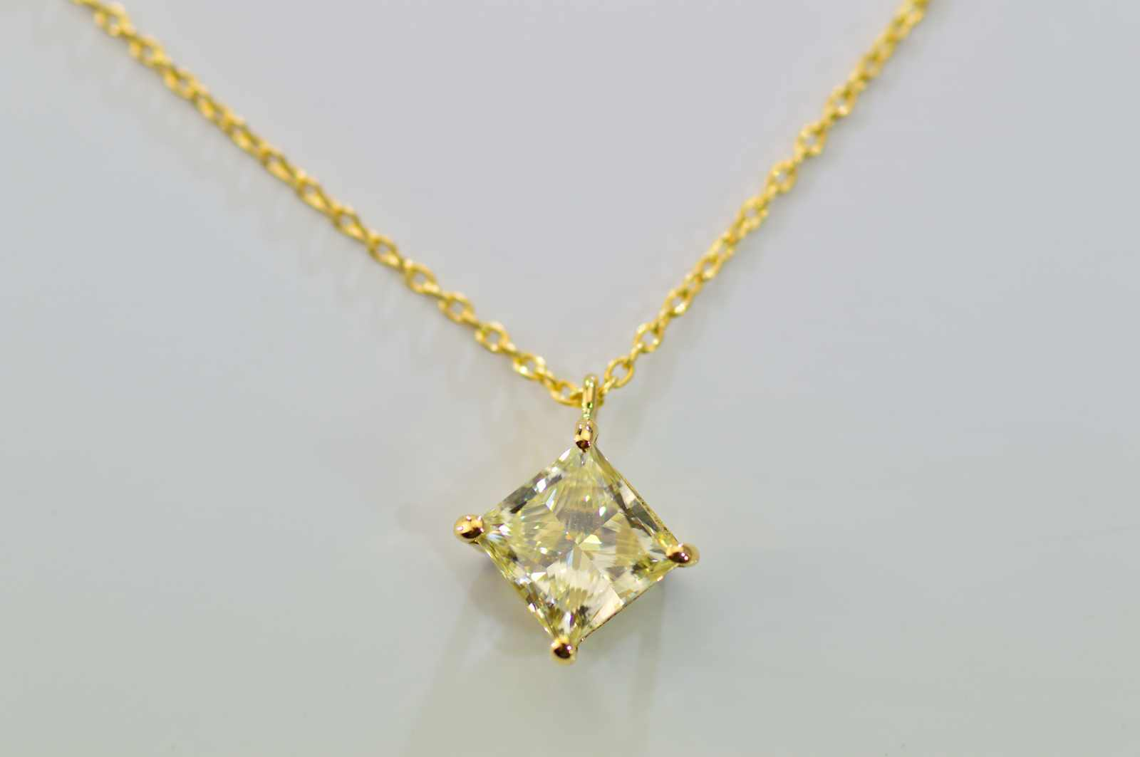 Diadia rakuten global market 1 carat yellow gold with diamond 1 carat yellow gold with diamond pendants princess cutdianecklace m color vs1 lemon bright and colorful aloadofball Image collections