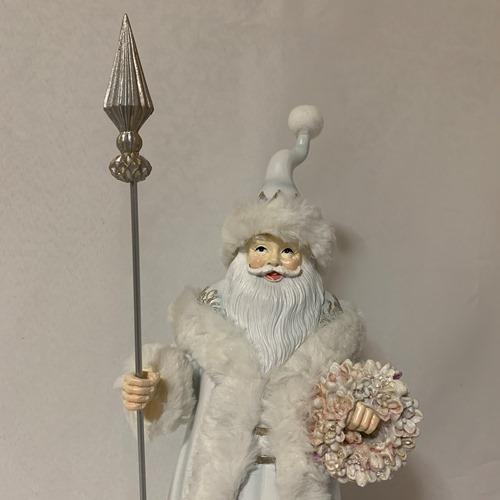 サンタクロース人形 クリスマスの演出に クリスマス雑貨 ホワイトサンタオブジェ 薔薇のリースとスティックを持ったサンタクロース人形 クリスマスのインテリアに 玄関やリビング 000送料別途 沖縄¥2 北海道¥1 公式ストア お店のディスプレーに 選択 500 送料無料