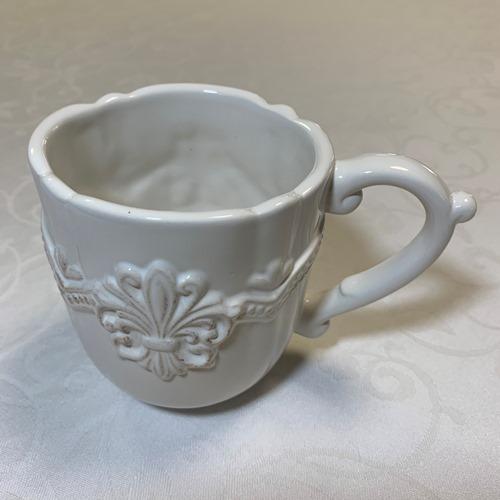 マグカップ おうち時間 アンティーク調 コーヒー お茶 容量350ml フルールマグカツプ 新品■送料無料■ インテリア 低価格 フレンチリリーのレリーフがおしゃれなマグカップ