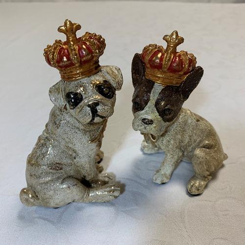 迅速な対応で商品をお届け致します 雑貨 インテリア小物 ラッピング無料 いぬ イヌ パグとフレンチブルドッグの2種 クラウンドッグオブジェセット クラシカルな王冠を被ったアンティーク調 犬のオブジェ