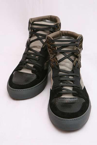 巴伦西亚蛾Balenciaga运动鞋黑色214914 WAFG2奥特莱斯G-SALE 3000日元OFF优惠券礼物