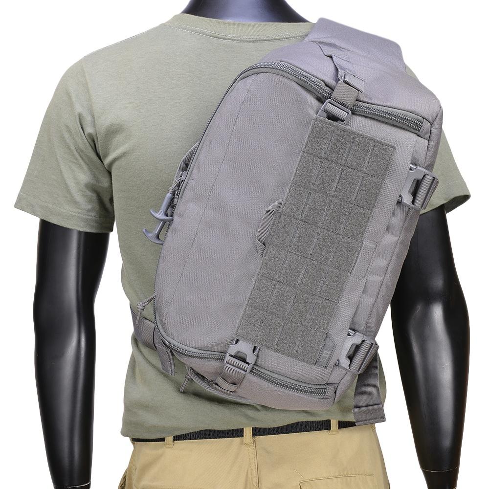 5.11タクティカル スリングバッグ UCR SLINGPACK [ ストーム ] ショルダーバック メッセンジャーバッグ かばん カジュアルバッグ カバン 鞄 ミリタリー 帆布 斜めがけバッグ 肩掛けバッグ