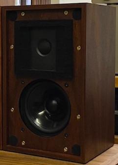 Stirling Broadcast スターリングブロードキャスト BBCモニタースピーカー LS3/5a V2 [Rosewood] ペア 新品