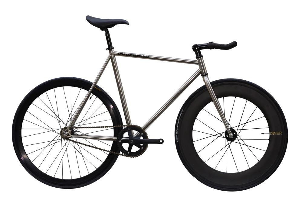 ピストバイク 完成車 CARTEL BIKES AVENUE LO CHROME DINER FRONT 88mm CARBON WHEEL CUSTOM カーテル バイクス アベニュー ロー クローム ダイナー フロント 88mm カーボン ホイール カスタム