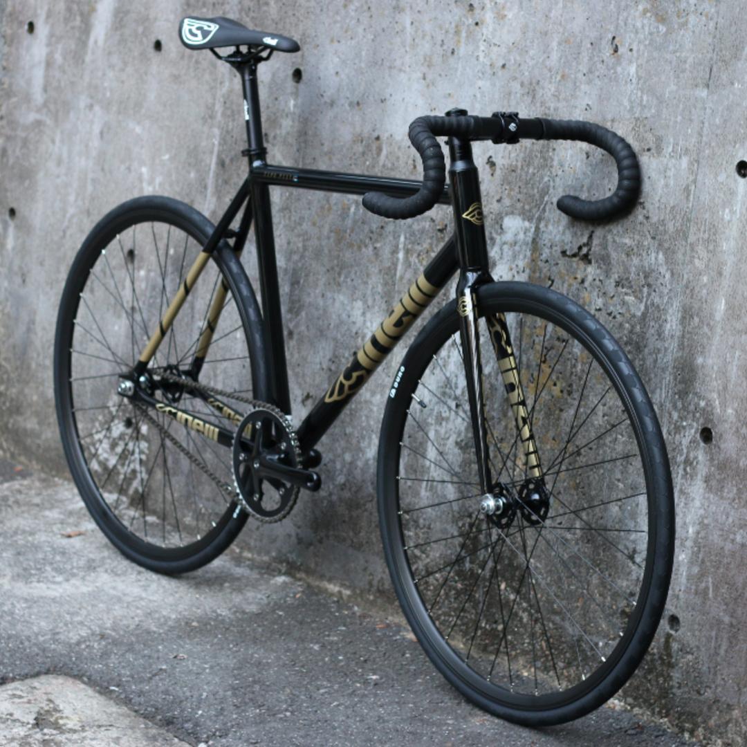ピストバイク 完成車 CINELLI TIPO PISTA COMPLETE BIKE BLACK AND GOLD チネリ ティポピスタ ブラック アンド ゴールド