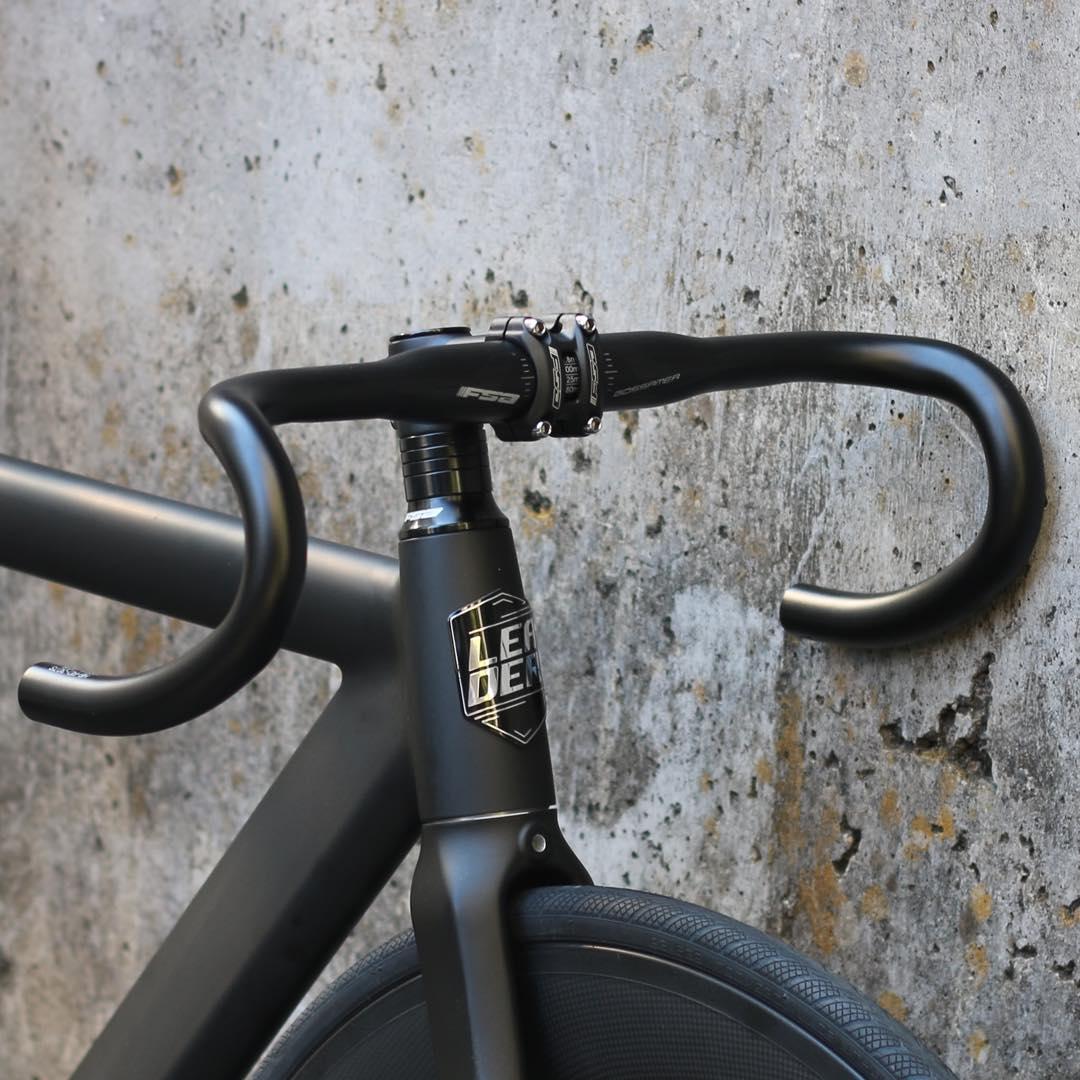 ピストバイク完成車LEADERBIKE735TRMATTEBLACKF&R60mmCARBONWHEELCUSTOMリーダーバイク【自転車バイクスポーツバイク完成品アルミ軽量カスタムカスタムバイクベースフリーギア固定ギア初心者シンプルおしゃれ黒ブラック】