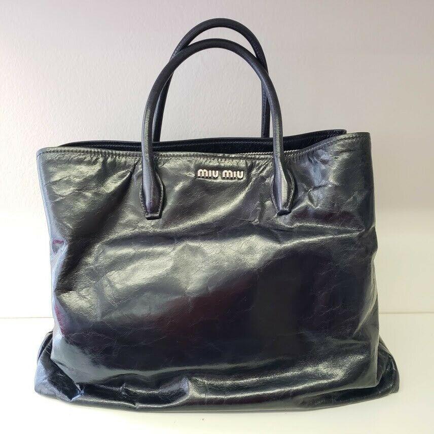 Miu Miu ミュウミュウ レザー ダブル ストラップ ジッパー ショルダー トート ハンドバッグ Leather Double Strap Zipper Shoulder Tote Handbag Black
