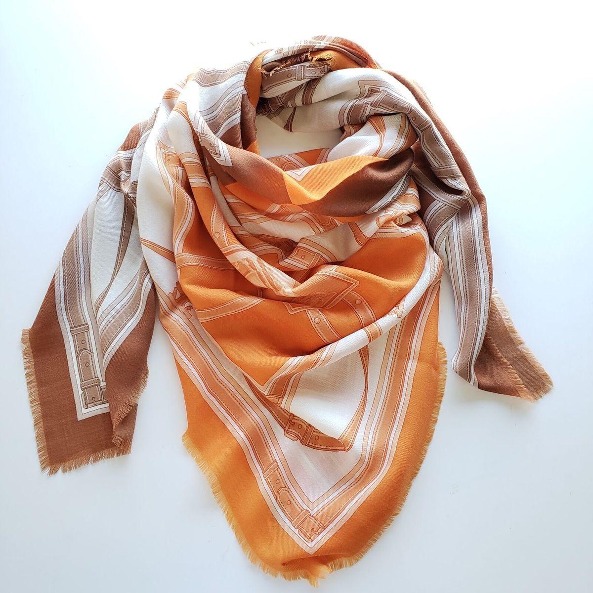 Burberry バーバリー アーカイブ スカーフ プリント カシミア ラージ スクエアスカーフ ブラウン オレンジArchive Scarf Print Cashmere Large Square Scarf Brown/Orange