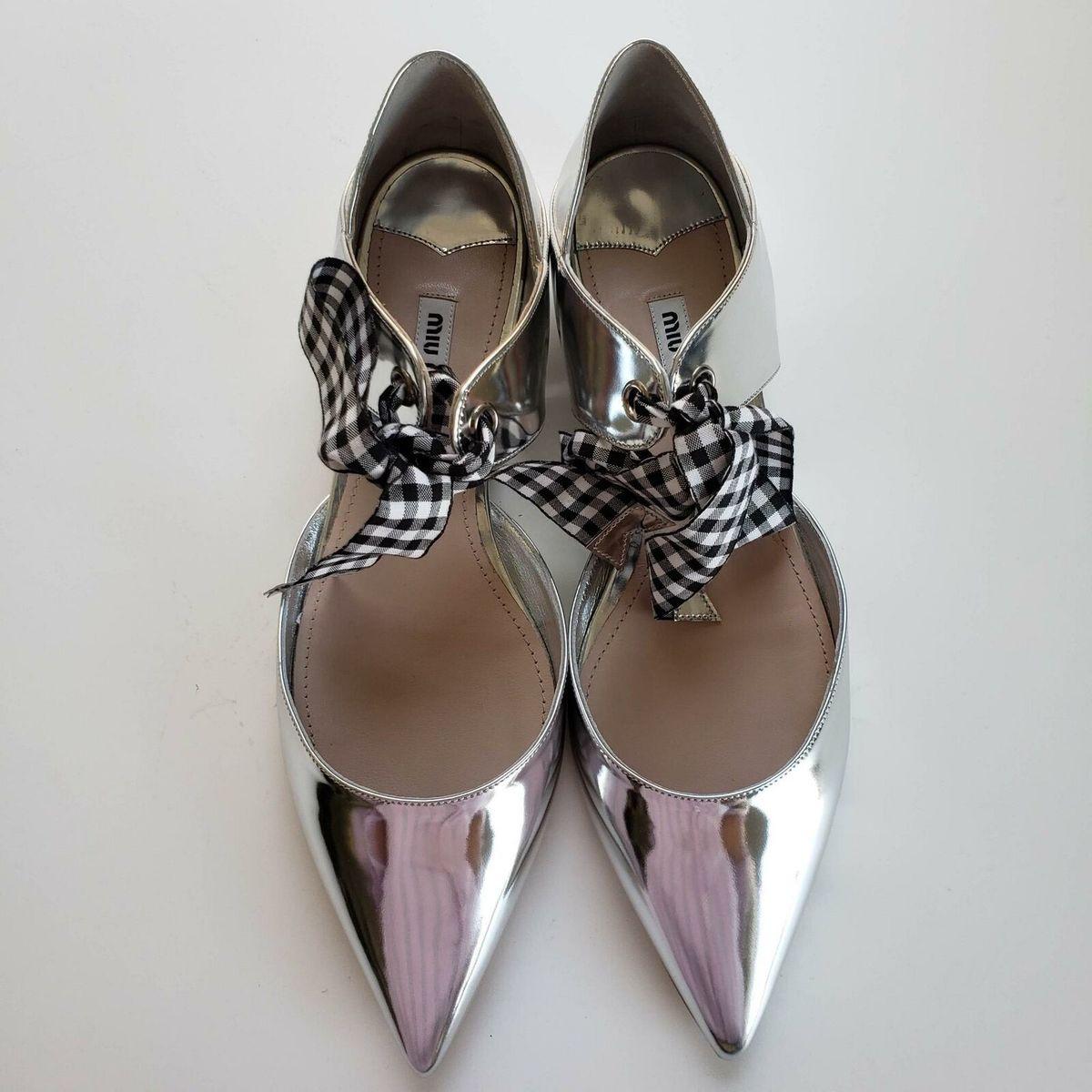 Miu Miu ミュウミュウ ポイントトゥ フラット バレリーナシューズ メタリックシルバー Pointed Toe Flat Ballerina Shoes Metallic Silver