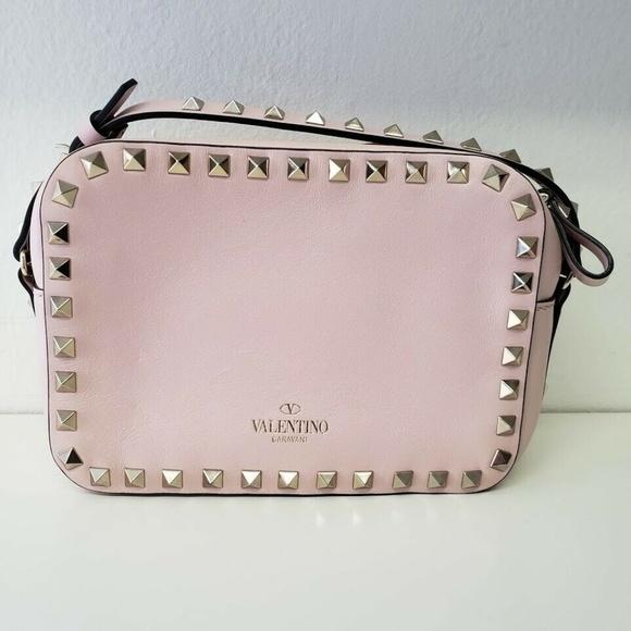 Valentino Garavani ヴァレンティノ ロックスタッド クロスボディバッグ ピンク Rockstud Cross-Body Bag Pink