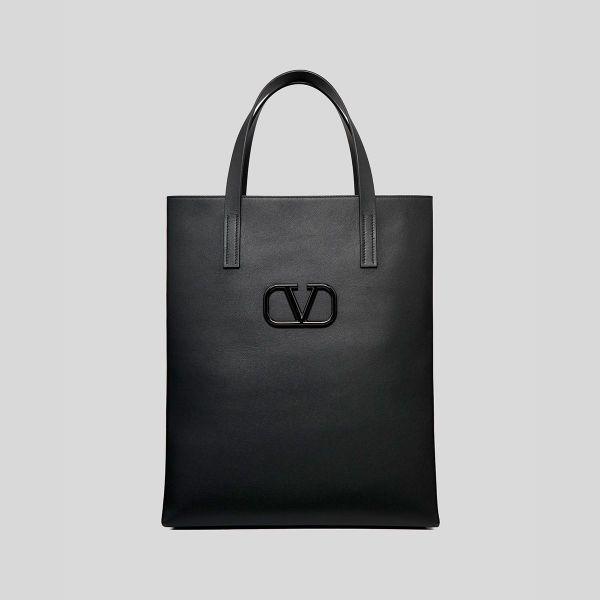 Valentino Garavani ヴァレンティノ レザー VLOGO ショッピングバッグ ブラック Leather VLOGO Shopping Bag black