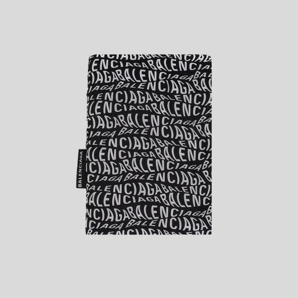 Balenciaga バレンシアガ ロゴ ウェーブ プリントパッド ナイロンスカーフ Logo Wave Print Padded Nylon Scarf