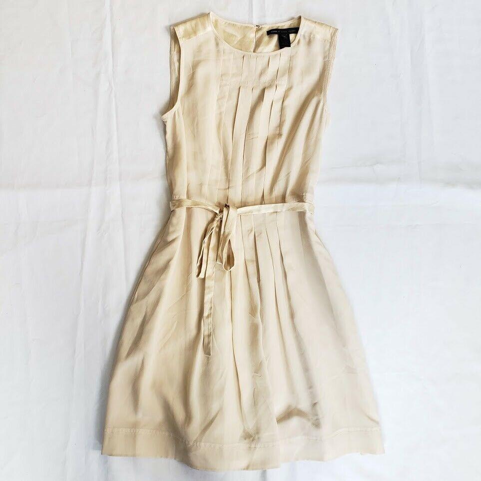 Marc by Marc Jacobs マーク バイ マーク ジェイコブス タピオカクリーム プリーツセル フタイ ウエスト シルクドレス Tapioca Cream Pleated Self-Tie Waist Silk Dress NWT   Sz: 10