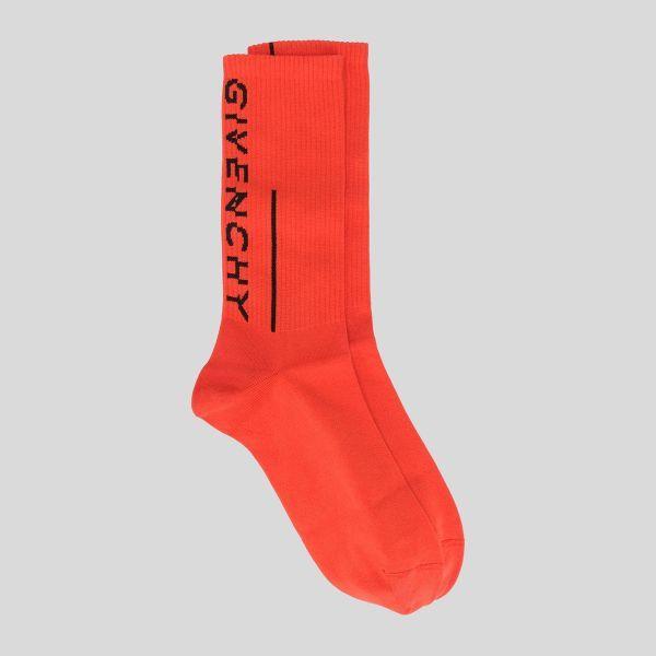 GIVENCHY ジバンシー ロゴソックス イン ブライトレッド アンド ブラック Givenchy Logo Socks In Bright Red & Black
