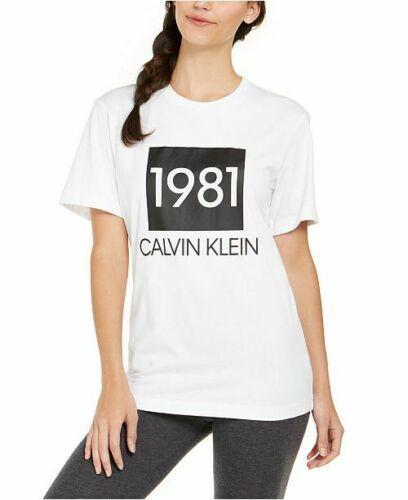 CK創設年を思い起こさせる 1981のロゴデザインが特徴 CALVIN KLEIN カルバンクライン 新色 ウーマンズ 1981 ボールドコットン ショートスリーブ 値引き Women's Short クルーネック Sleeve Tシャツ Tshirt Cotton Bold Crewneck