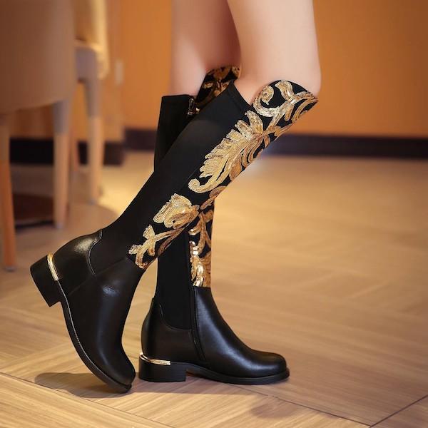 DIVAセレクト ブーツ ロングブーツ レザーブーツ リアルレザー グリッター 刺繍 女性 レディース ファッション ローヒールブーツ 乗馬ブーツ 大きいサイズ ハイヒール 歩きやすい ブーツ