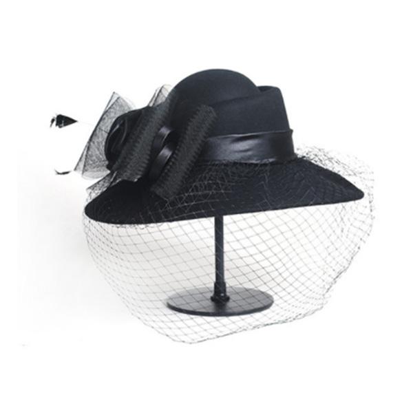 チュール コサージュが付いた ウェディング ヘッドドレス 帽子 トーク帽 ウェディングハット ブライダルハット 帽子 ウール 帽子 UV対策 紫外線対策 日焼け対策 つば広 海外 夏 春 秋 冬 レディース 女性 オシャレ 40代 30代 20代 50代 プレゼント 母の日 旅行