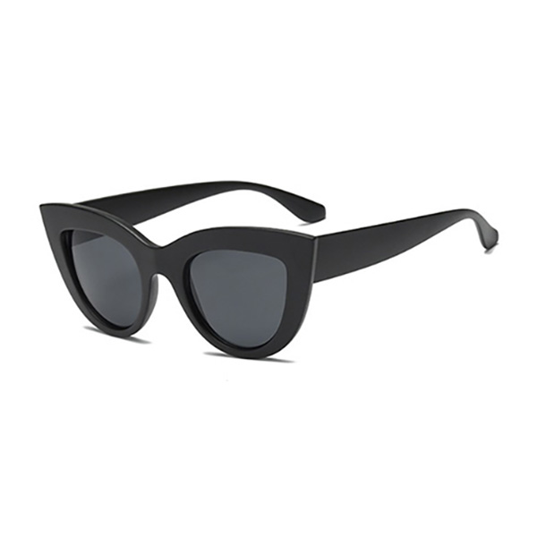 666ce502b435b The color lens sunglasses Harajuku system orange pink black silver gold  pink blue where fashion coordinates festival casual clothes in 30s in 40s  are thin ...