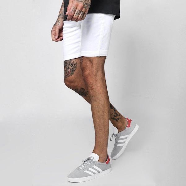 487be806c2c02 diva-closet: boohoo (Buch) slim fitting short denim denim shorts ...