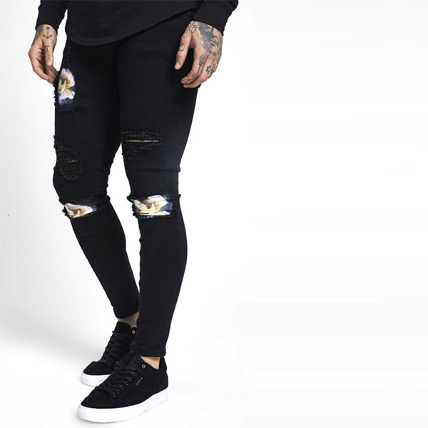 SIKSILK(シックシルク)メンズ スキニージーンズ スキニーフィット ストレッチデニム ブラック ボトム 大きいサイズ インポート カジュアル アウトフィット フェス 日本未入荷 メンズ パンツ ストレッチ インスタ映え 小さいサイズあり