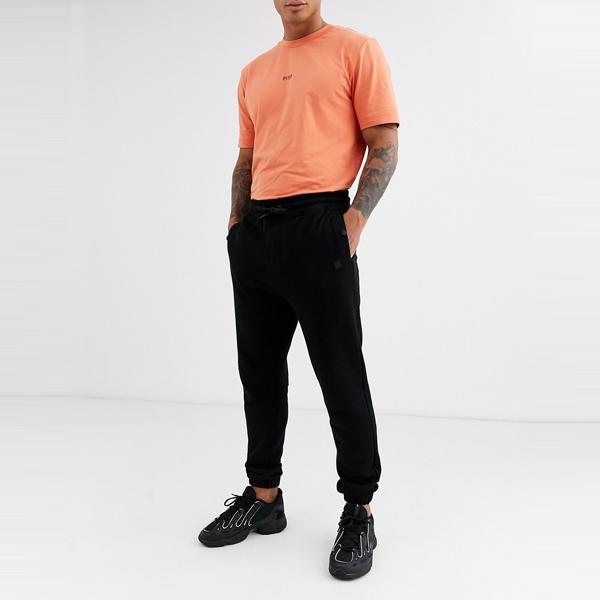 HUGO BOSS ヒューゴ ボス asos ASOS エイソス メンズ BOSS Skyman ブラック 小さな パッチ ロゴ ジョギング 大きいサイズ インポート エクストリームスーパースキニーフィット スウェットパンツ ジーンズ ジーパン 20代 30代 40代 ファッション コーディネート