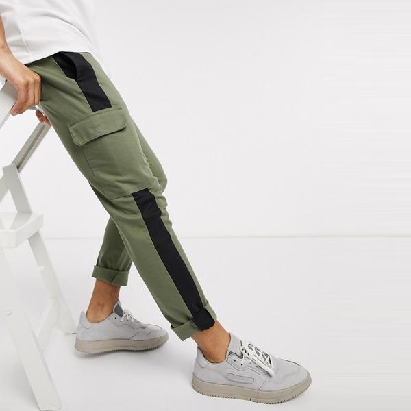 asos ASOS エイソス メンズ ASOS DESIGN コントラスト パネル付き スキニー カーゴ ズボン 大きいサイズ インポート エクストリームスーパースキニーフィット スウェットパンツ ジーンズ ジーパン 20代 30代 40代 ファッション コーディネート