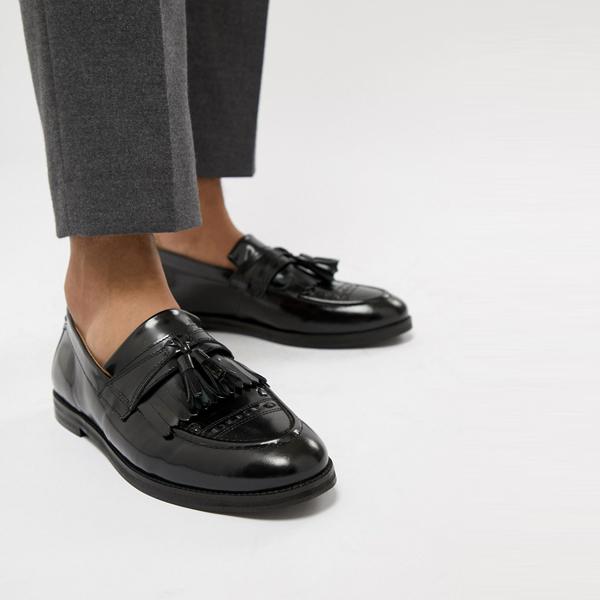 靴 シューズ ASOSセレクト House Of Hounds asos ASOS エイソス メンズ ブラック 適合 アーチャー タッセル ローファー 大きいサイズ インポート エクストリームスーパースキニーフィット スウェットパンツ ジーンズ ジーパン 20代 30代 40代 ファッション コーディネート
