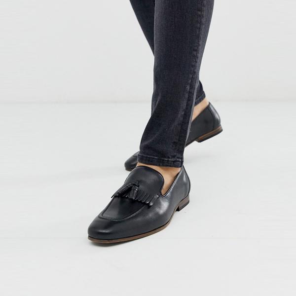 靴 シューズ asos ASOS エイソス メンズ ASOS DESIGN フリンジ ディテール 自然 ソール ブラック レザー ローファー 大きいサイズ インポート エクストリームスーパースキニーフィット スウェットパンツ ジーンズ ジーパン 20代 30代 40代 ファッション コーディネート