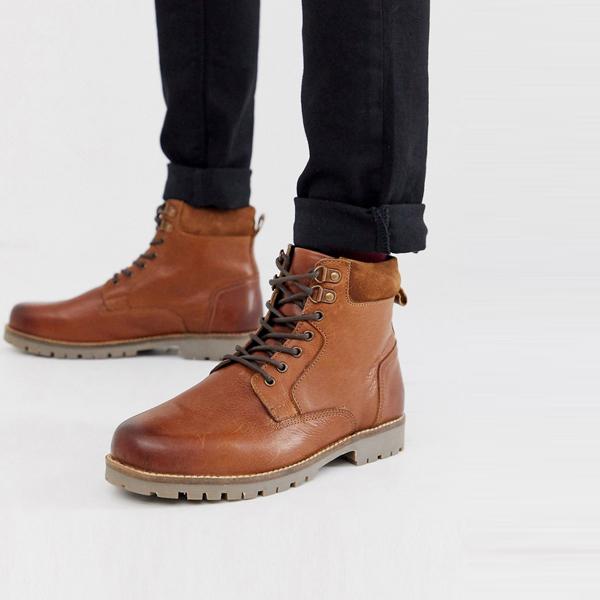 靴 シューズ asos ASOS エイソス メンズ ASOS DESIGN タン レザー ワーカーブーツ レースアップ 大きいサイズ インポート エクストリームスーパースキニーフィット スウェットパンツ ジーンズ ジーパン 20代 30代 40代 ファッション コーディネート
