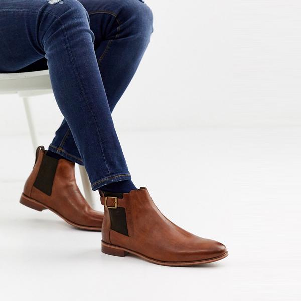 靴 シューズ ASOSセレクト River Island asos ASOS エイソス メンズ River Island 茶色 バックル付き チェルシーブーツ 大きいサイズ インポート エクストリームスーパースキニーフィット スウェットパンツ ジーンズ ジーパン 20代 30代 40代 ファッション コーディネート