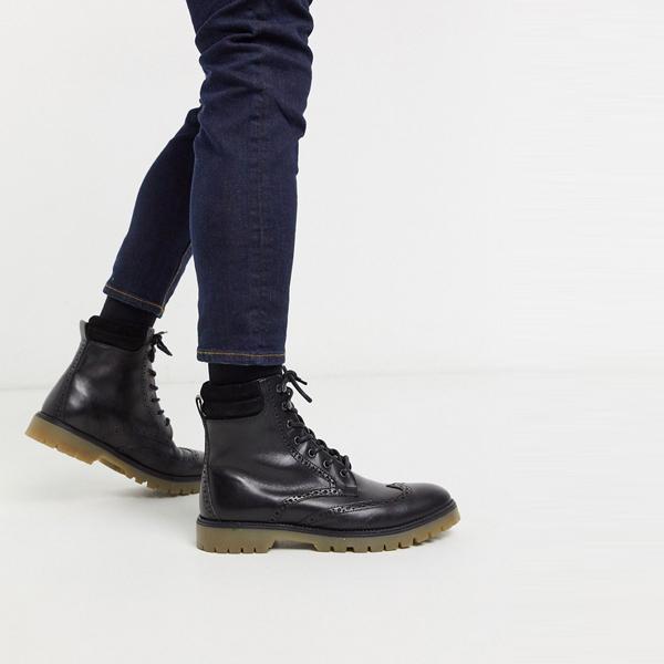靴 シューズ asos ASOS エイソス メンズ ASOS DESIGN 袖口 ディテール ブラック レザー ブローグ ブーツ 大きいサイズ インポート エクストリームスーパースキニーフィット スウェットパンツ ジーンズ ジーパン 20代 30代 40代 ファッション コーディネート