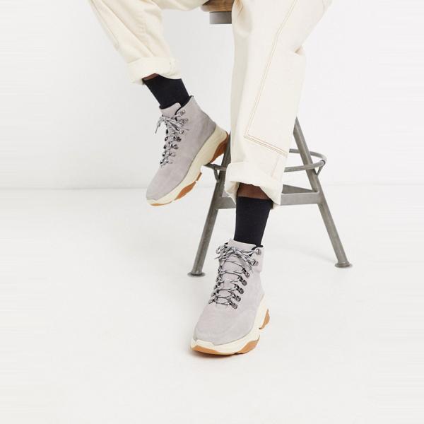 靴 シューズ asos ASOS エイソス メンズ ASOS WHITE グレー 分厚いソール スエード ブーツ 大きいサイズ インポート エクストリームスーパースキニーフィット スウェットパンツ ジーンズ ジーパン 20代 30代 40代 ファッション コーディネート