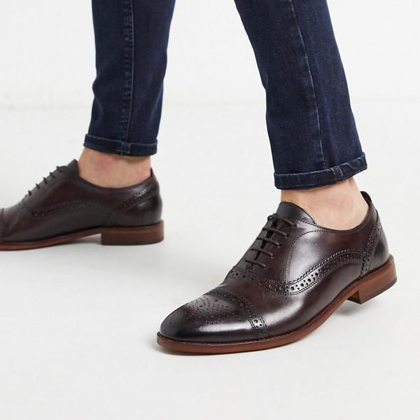 靴 シューズ ASOSセレクト Base london asos ASOS エイソス メンズ Base 茶色 革 ロンドン キャスト brogues 大きいサイズ インポート エクストリームスーパースキニーフィット スウェットパンツ ジーンズ ジーパン 20代 30代 40代 ファッション コーディネート