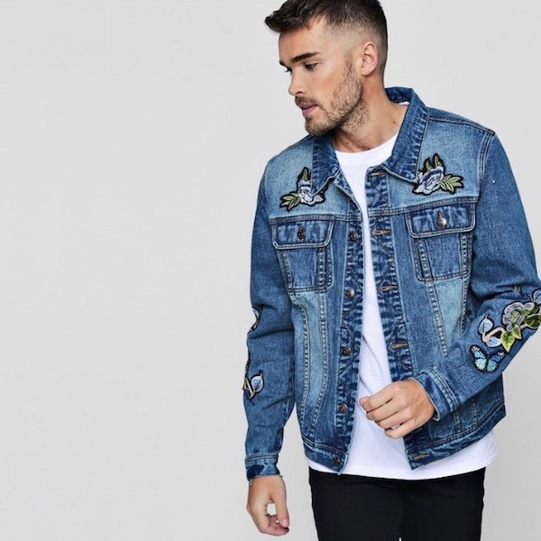 5acb71fc0dba3 It is fashion coordinates fashion casual clothes for boohoo (Buch) men s  outer denim jacket G Jean jacket badge embroidery western denim indigo men  oversize ...