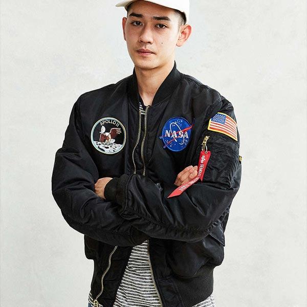 あす楽!ワッペン ボンバージャケットMA-1 NASA ジャケット 刺繍 アウター jacket 日本未入荷 Urban Outfitters(アーバンアウトフィッターズ) ヒップホップ 20代 30代 40代 ファッション コーディネート オシャレ カジュアル