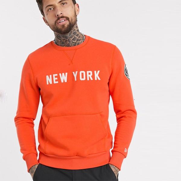 New Era NBA New York Knicks スウェットシャツ(オレンジ) トップス 20代 30代 40代 ファッション コーディネート オシャレ カジュアル