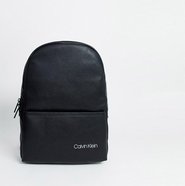 Calvin Klein Direct ラウンド バック パック ブラック 鞄 メンズ 20代 30代 40代 ファッション コーディネート