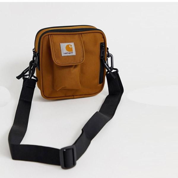 ハミルトンブラウン Carhartt WIP Essentials スモール フライト バッグ 20代 30代 40代 ファッション コーディネート インポートブランド