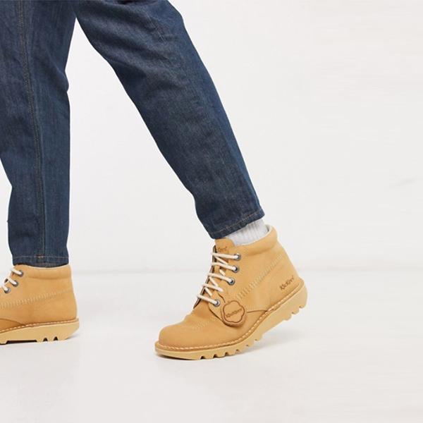 キッカーズ ベージュ ヌバック ハイブーツ 靴 20代 30代 40代 ファッション コーディネート小さいサイズから大きいサイズまで オシャレ トレンド インポート トレンド