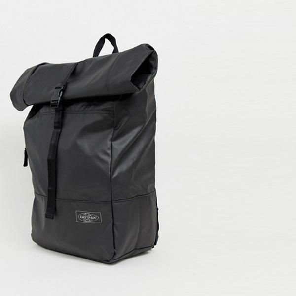 Eastpak Macnee ロール トップ コート バックパック ブラック 24L インポート 大きいサイズ20代 30代 40代 ファッション コーディネート