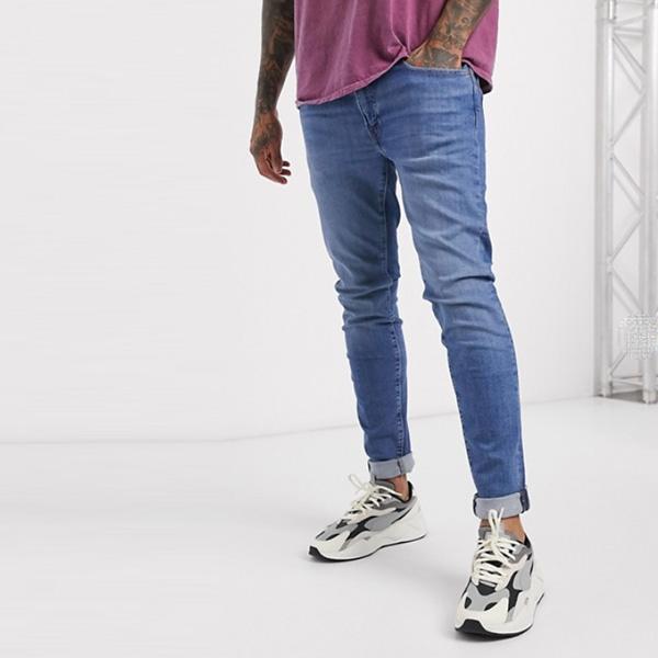 Levi's スキニー テーパード フィット ジーンズ アマルフィ ピアダーク ウォッシュ 20代 30代 40代 ファッション小さいサイズから大きいサイズまで オシャレ トレンド インポート トレンド