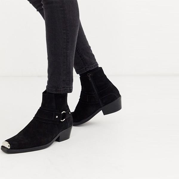 京都のセレクトショップdivacloset  ASOS DESIGNキューバヒールウエスタンチェルシーブーツ(ブラックスエード、スクエアトゥ、ハードウェアディテール付き) 靴 インポート 大きいサイズ 20代 30代 40代 インポート ブランド